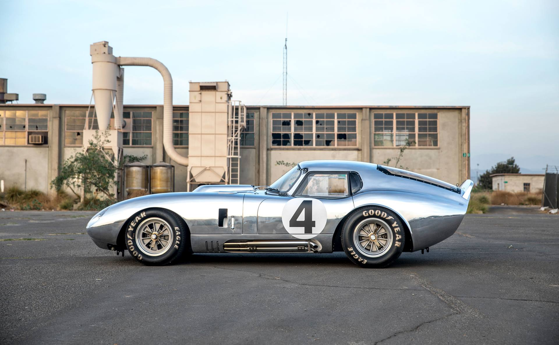 "THE TRUTH BEHIND SHELBY'S 1964 ""SECRET WEAPON"" COBRA DAYTONA COUPE"
