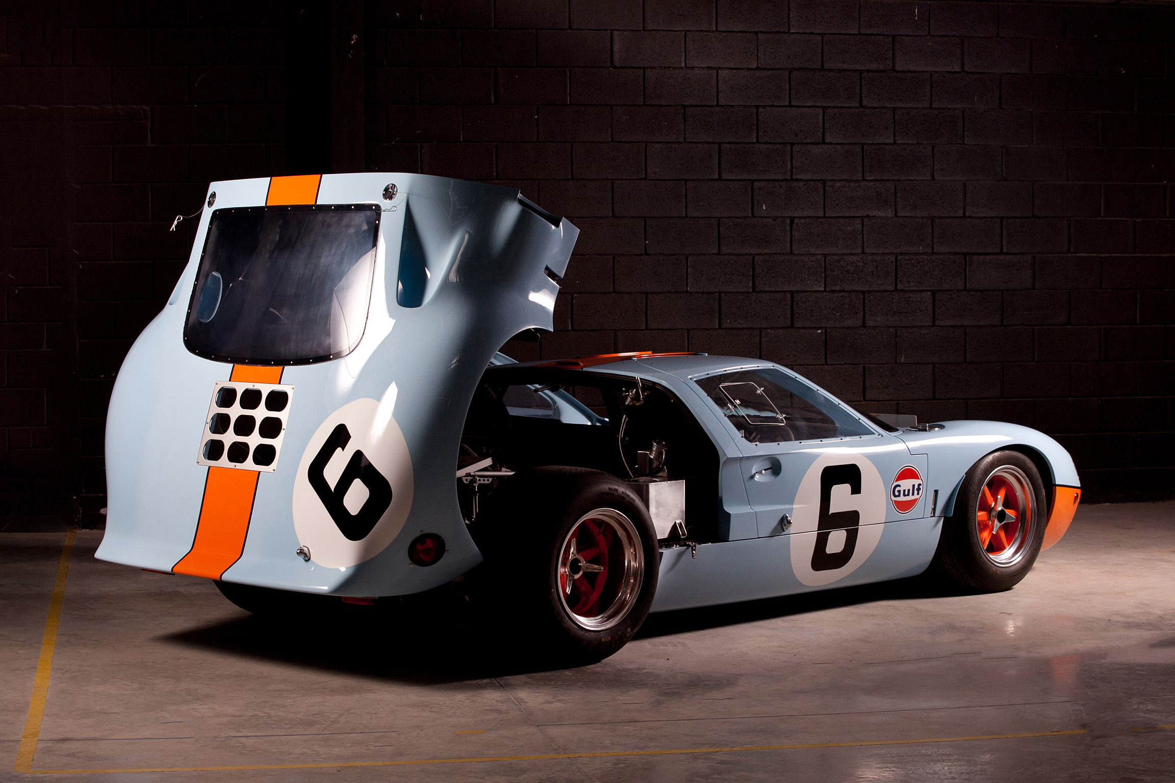Superformance - GT40 MKI 50th Anniversary